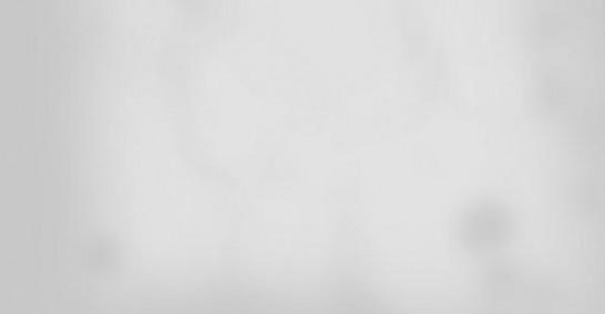 赤にゃん仮面「ケムリ玉!」七海「うおっ煙たっ!?」